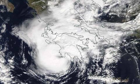 Μεσογειακός κυκλώνας στην Ελλάδα: Έτσι κινείται ο «Ζορμπάς» - Δείτε LIVE εικόνα με την πορεία του