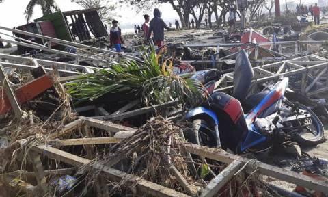 Ινδονησία: Στους 420 ανήλθε ο αριθμός των νεκρών από τον καταστροφικό σεισμό και το τσουνάμι