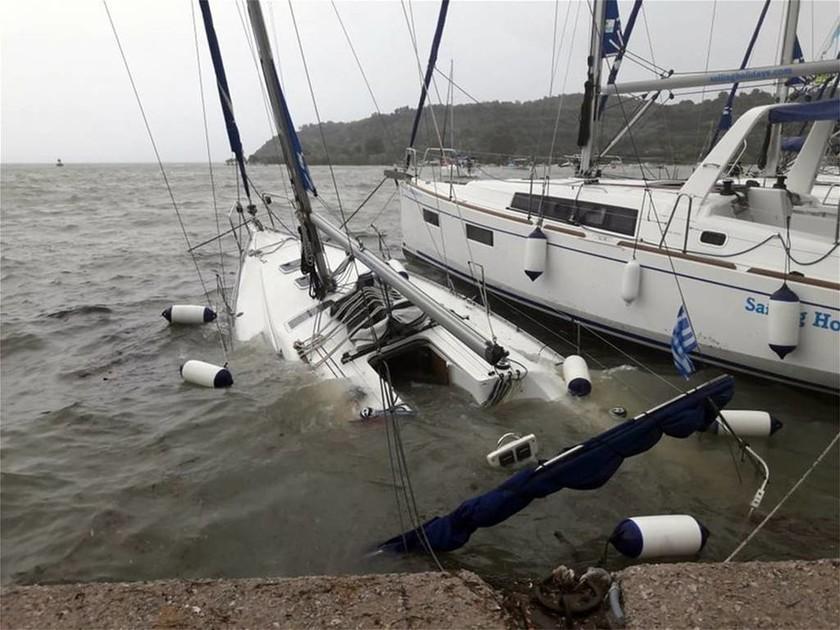 Ζορμπάς: Εικόνες καταστροφής σε Κορινθία και Αργολίδα από το πέρασμα του κυκλώνα  (pics+vids)