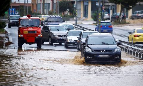 Κυκλώνας «Ζορμπάς» - Προσοχή: Ποιοι δρόμοι είναι ΤΩΡΑ κλειστοί