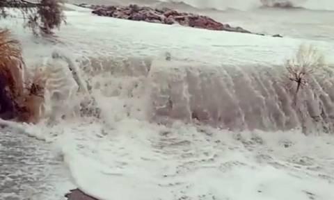 Ζορμπάς: Νέο έκτακτο δελτίο της ΕΜΥ – Αυτές οι περιοχές θα βρεθούν στο «μάτι» του κυκλώνα
