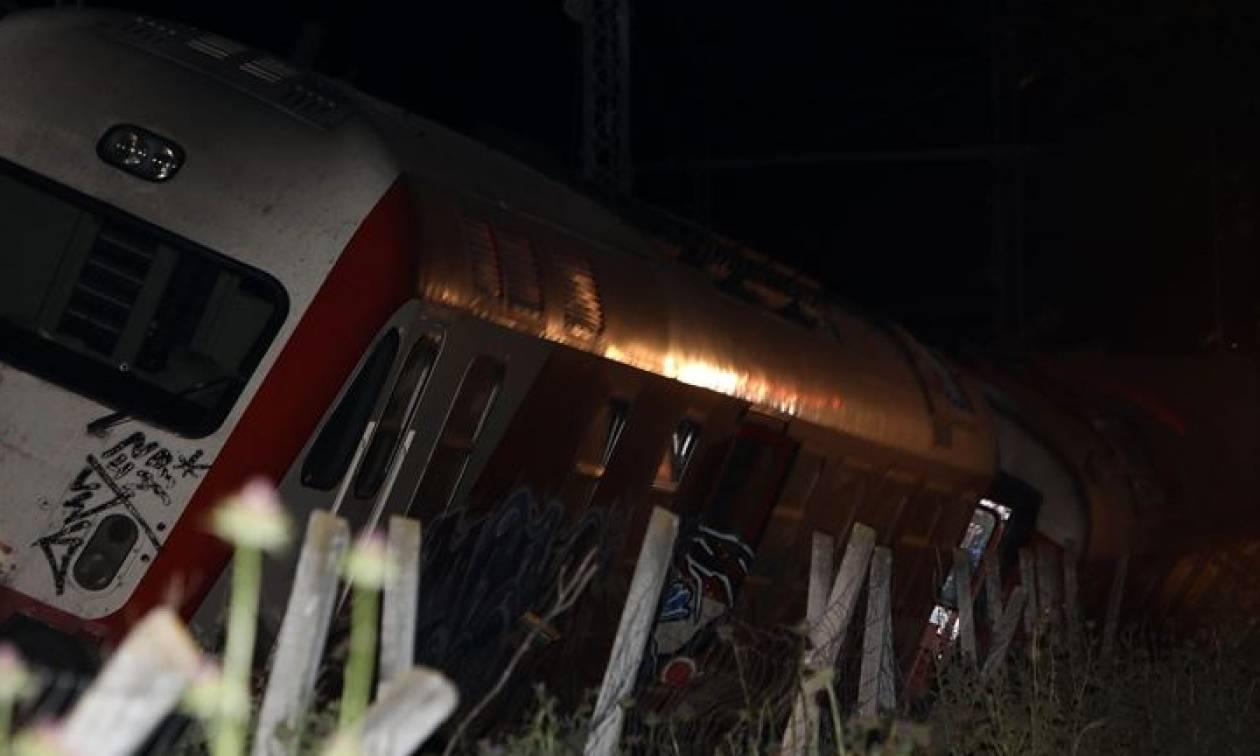 Εκτροχιάστηκε τρένο με 285 επιβάτες στον Δομοκό: Προσέκρουσε σε βράχια
