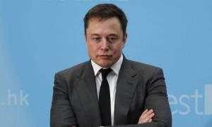 Elon Musk: Πώς μία σειρά από Tweets εξανάγκασαν τον πρόεδρο της Tesla σε παραίτηση