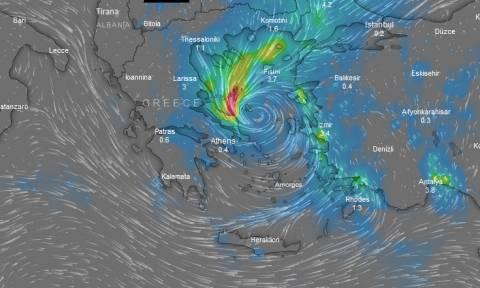 Κυκλώνας «Ζορμπάς» LIVE: Πώς και πού θα κινηθεί τις επόμενες ώρες