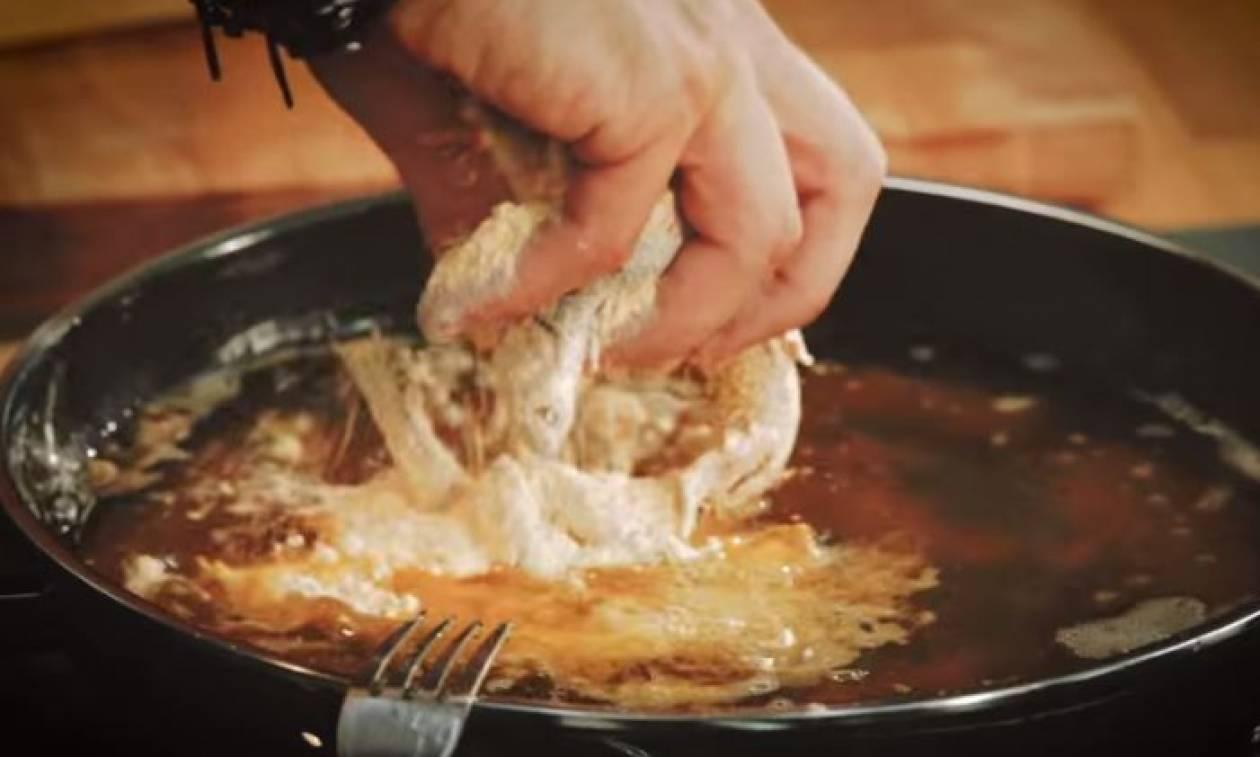 Η συνταγή της ημέρας: Γαύρος τηγανητός με ταραμοσαλάτα