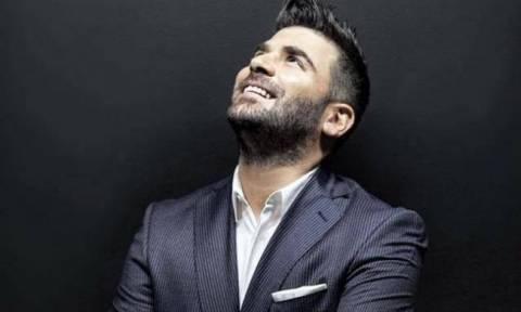 Παντελίδης: Η οικογένεια του αδικοχαμένου τραγουδιστή εμπλουτίζει το café με αναμνηστικά του