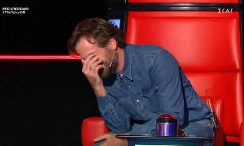 The Voice: Δεν θα πιστεύετε ποιος βρέθηκε στη σκηνή του talent show για να διαγωνιστεί!