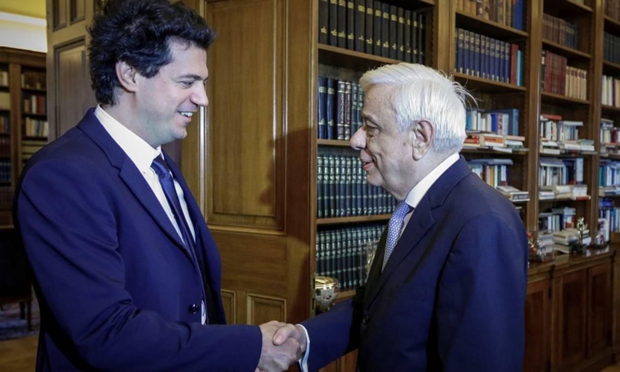 Παυλόπουλος σε Δασκαλάκη: Οι Έλληνες είμαστε υπερήφανοι για το επιστημονικό σας ήθος