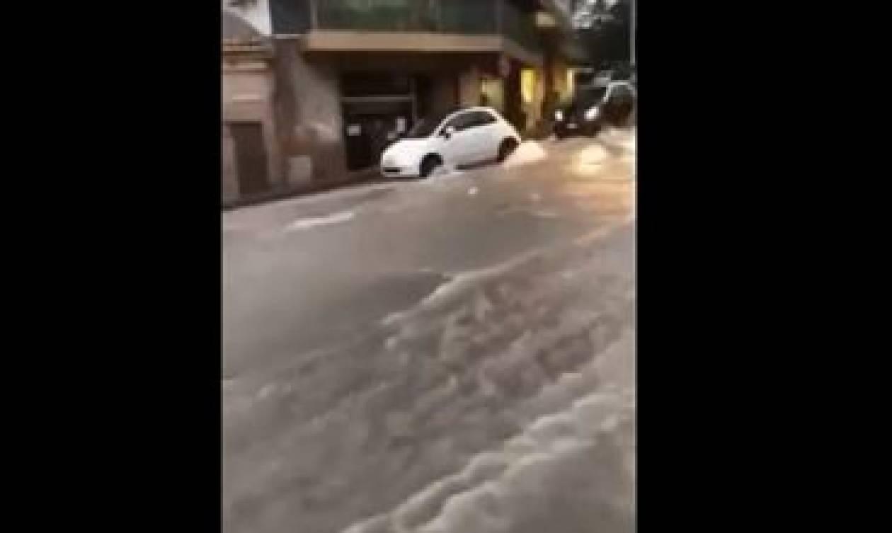 Τραγωδία στην Ιταλία: Νεκροί μια μητέρα και ο 7χρονος γιος της από τις πλημμύρες (vid)
