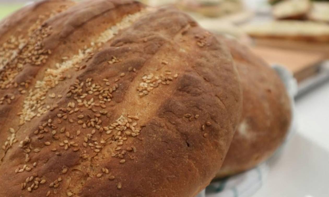 Εύκολη συνταγή για λευκό ψωμί