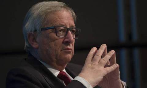 «Βόμβα» Γιούνκερ: Αν δεν παρέμβουμε άμεσα τα Βαλκάνια θα πνιγούν στο αίμα
