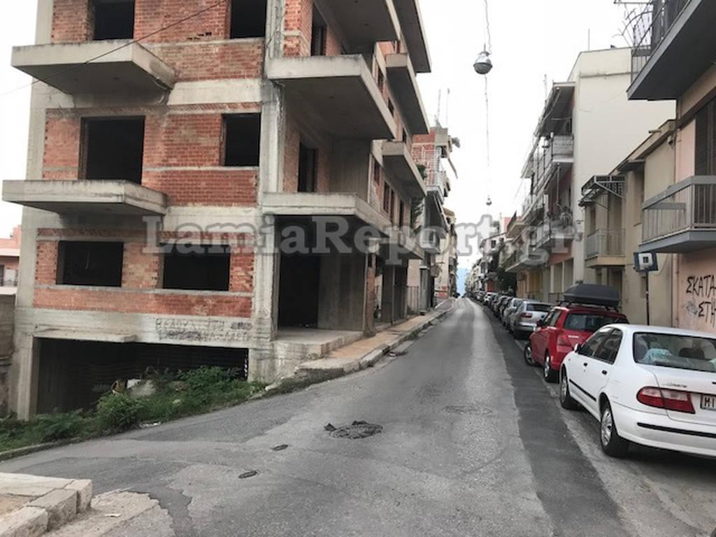 Λαμία: Ξαδέρφια έπεσαν σε φρεάτιο 15 μέτρων – Δραματικές ώρες για 18χρονο