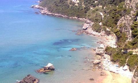 Μυρτιώτισσα: Η παραλία γυμνιστών που είναι γεμάτη με τουρίστες και μετά το καλοκαίρι