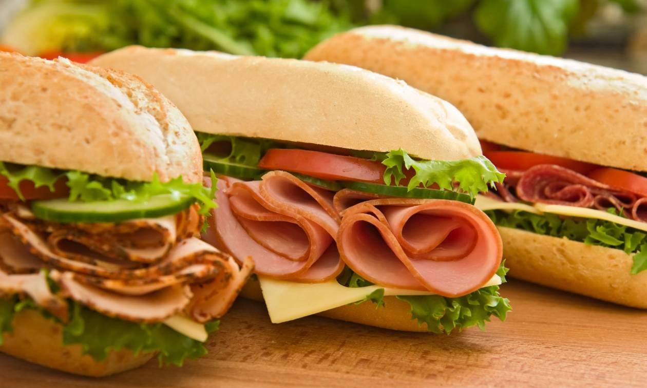 Συναγερμός στη Βρετανία: Και δεύτερος πελάτης γνωστής αλυσίδας έφαγε σάντουιτς και πέθανε