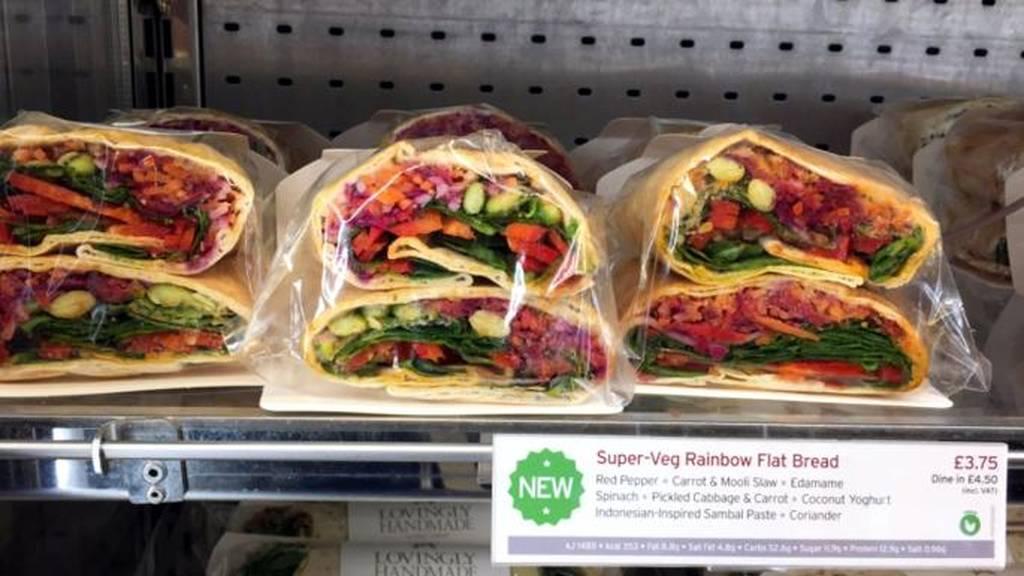 Συναγερμός στη Βρετανία: Και δεύτερος πελάτης γνωστης αλυσίδας έφαγε σάντουιτς και πέθανε