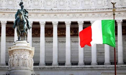 Κραυγή αγωνίας από την Ιταλία: «Το ευρωπαϊκό κατεστημένο θέλει να ρίξει την κυβέρνηση»