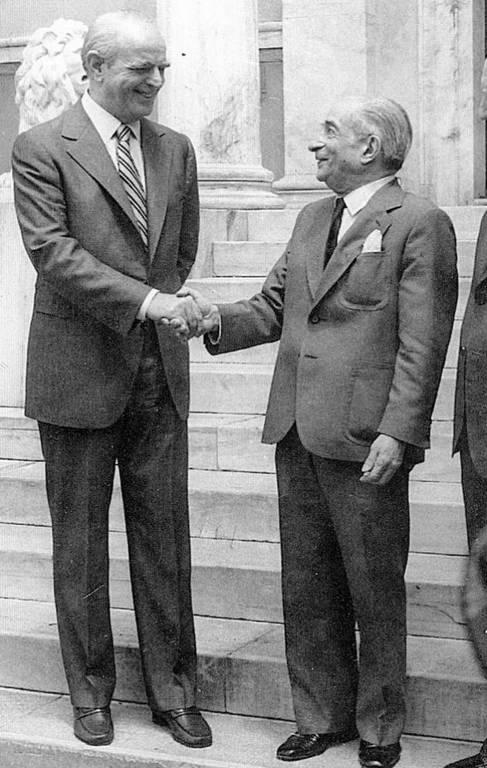 Σαν σήμερα το 1987 πεθαίνει ο Κωνσταντίνος Τσάτσος
