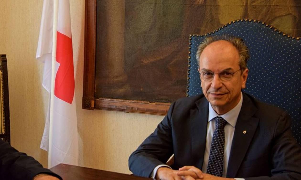 «Τσιφλικάς» του Ερυθρού Σταυρού ο Οικονομόπουλος!