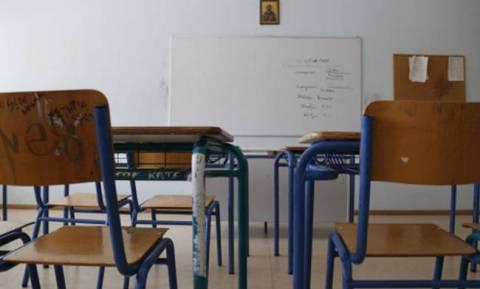 Κάρτα εισόδου για γονείς και κηδεμόνες στα σχολεία της Κύπρου