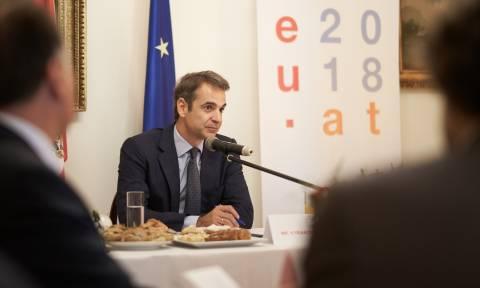 Ο Μητσοτάκης «βλέπει» εθνικές εκλογές το αργότερο μέχρι το Μάιο