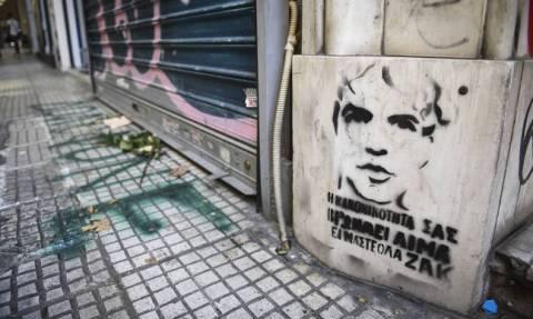 Ζακ Κωστόπουλος: Ο μεσίτης «σπάει» τη σιωπή του - «Κλώτσησα το τζάμι για να μην του κόψει το κεφάλι»