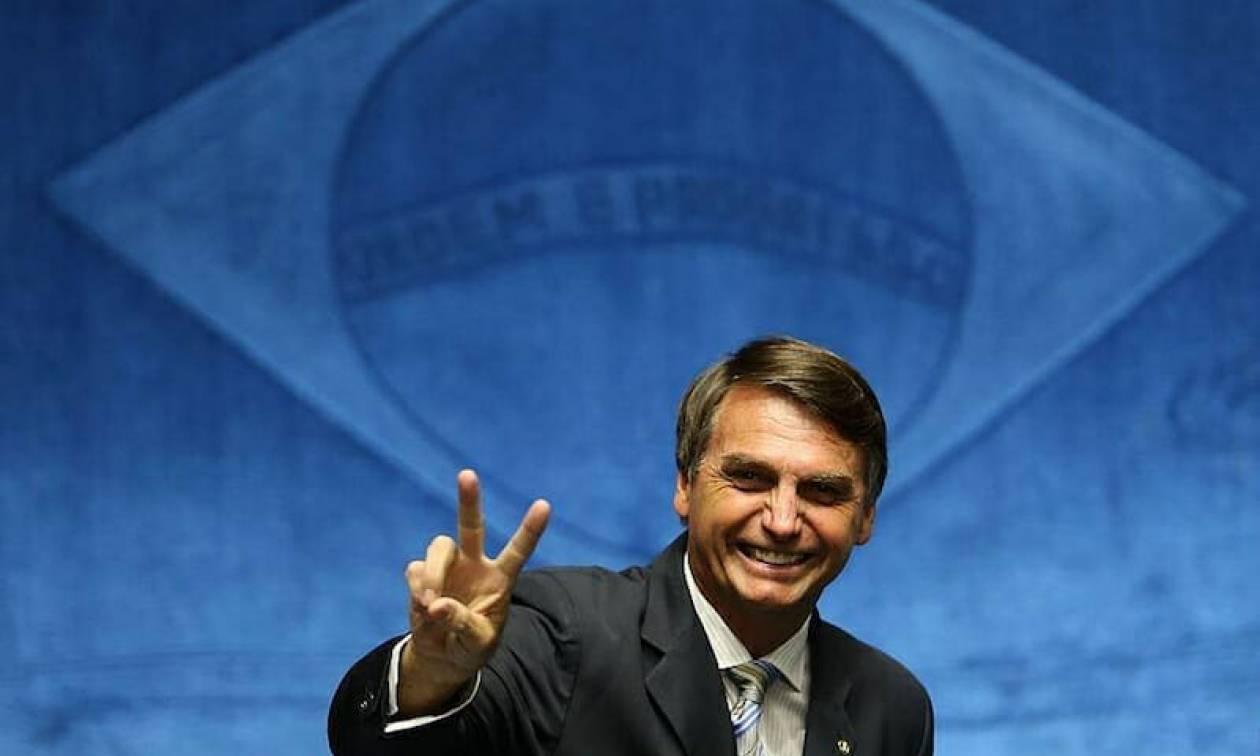 Εκλογές Βραζιλία: Ο ακροδεξιός Ζαΐχ Μπολσονάρου οδεύει σε νίκη σύμφωνα με δημοσκόπηση