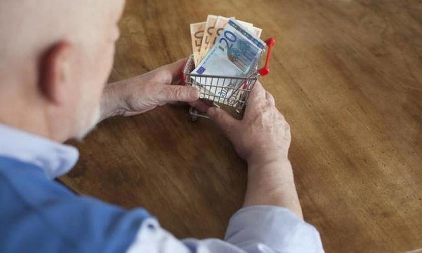 Αναδρομικά για κατάργηση δώρων και περικοπές: Ποιοι συνταξιούχοι μπορούν να διεκδικήσουν