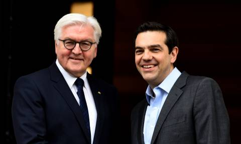 Τσίπρας σε Σταϊνμάιερ: Η Ελλάδα αφήνει πίσω της τα δύσκολα χρόνια της λιτότητας