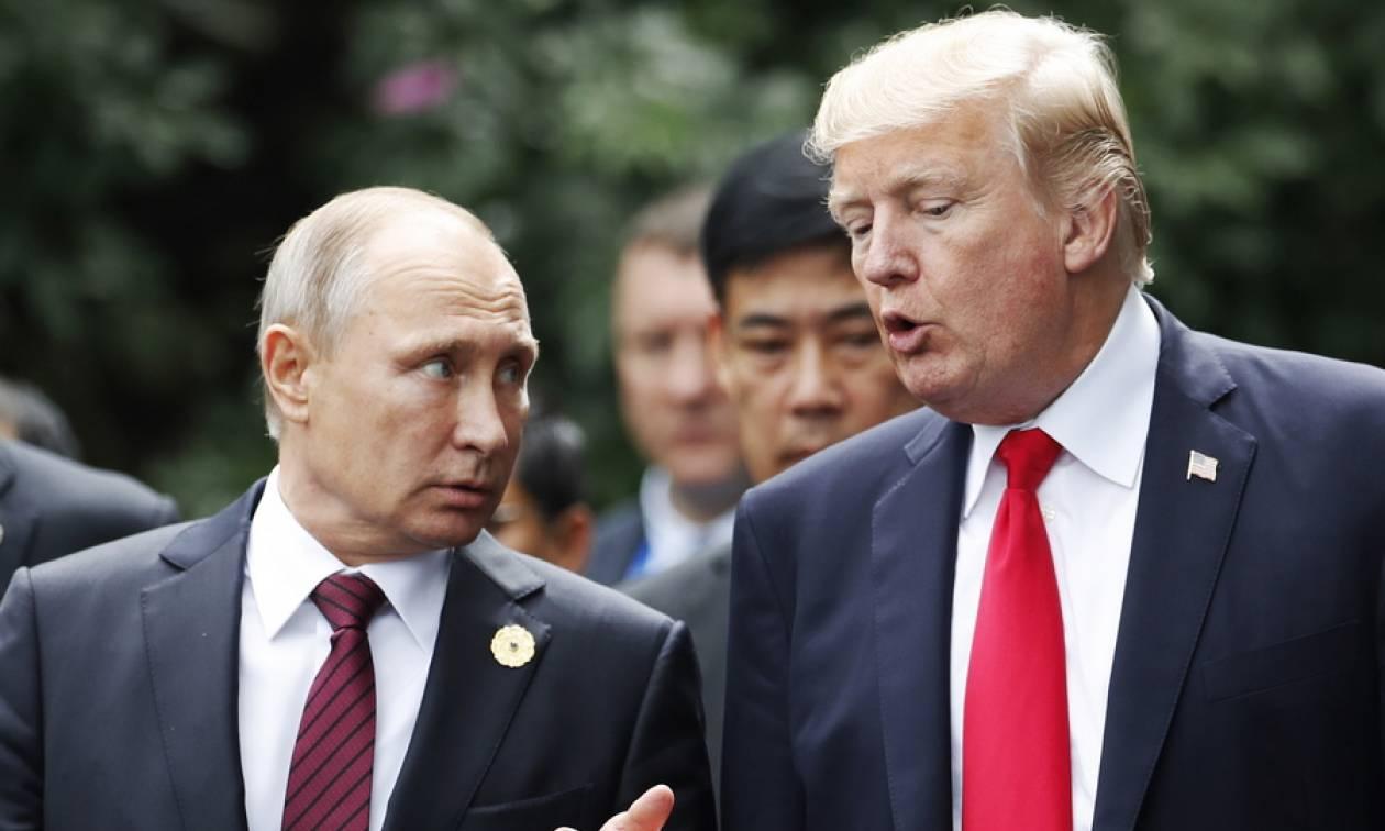 Το Κρεμλίνο διαψεύδει τις πληροφορίες για πιθανή συνάντηση Πούτιν - Τραμπ