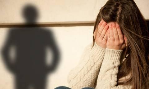 ΣΟΚ στη Φωκίδα: Έπιασαν «στα πράσα» τον παππού με δύο ανήλικα κορίτσια