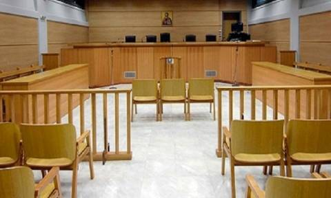 Ένοχοι οι τέσσερις για την υπόθεση της πρώην Λαϊκής Τράπεζας