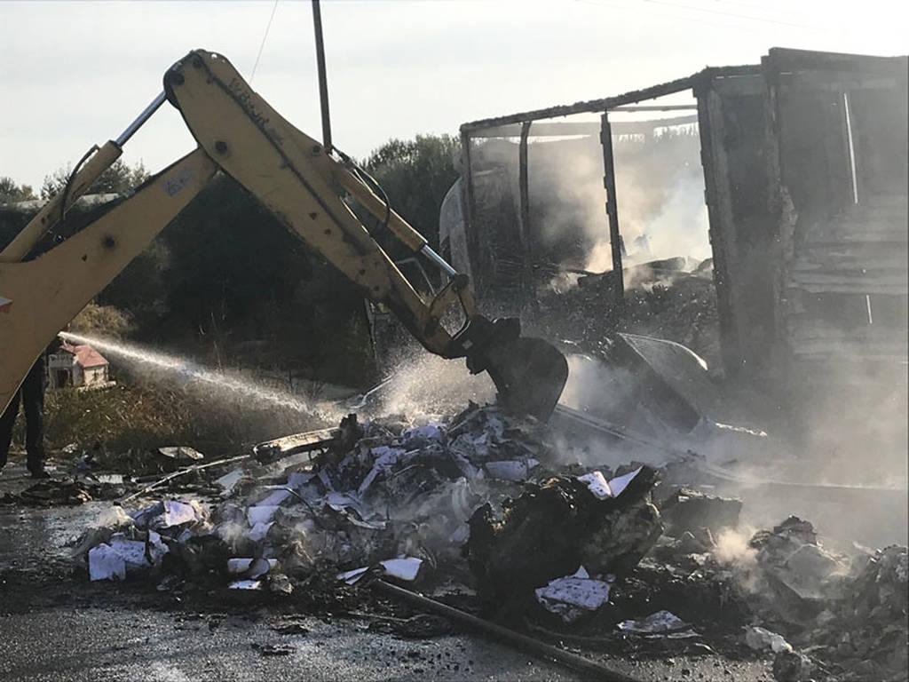 Καβάλα: Σοκάρουν οι εικόνες από το φρικτό τροχαίο με τους 11 νεκρούς