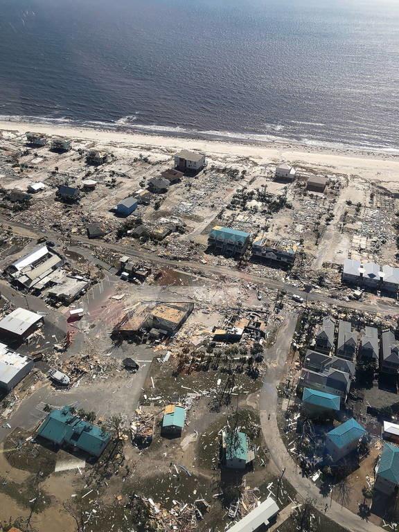 Τυφώνας Μάικλ: Βρήκαν εκατοντάδες επιζώντες κάτω από τα συντρίμμια (pics+vids)