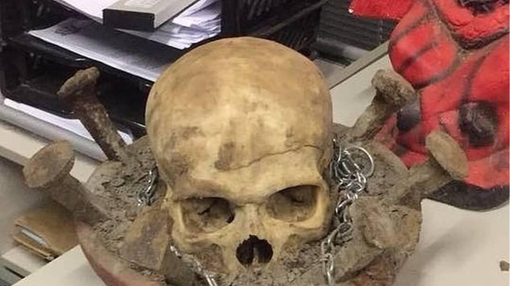 Φρίκη: Σατανιστές «θυσίασαν» τέσσερις ανθρώπους για να... κερδίσουν το λαχείο! (pics)
