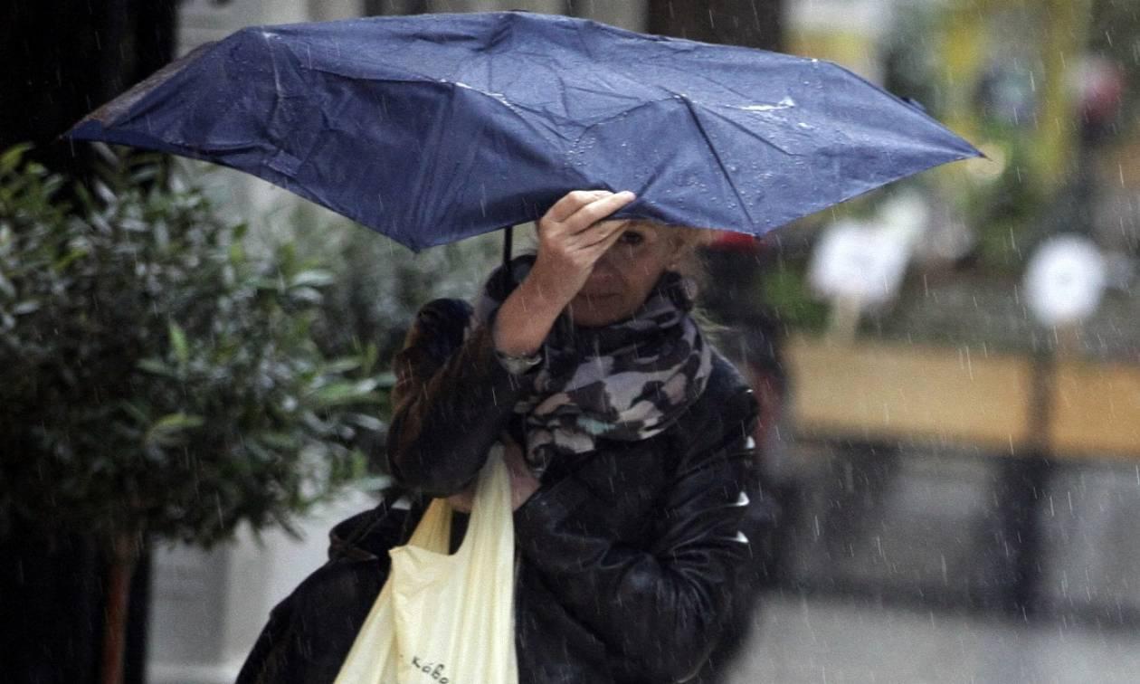 Φθινοπωρινό σήμερα το σκηνικό του καιρού - Σε ποιες περιοχές θα βρέξει