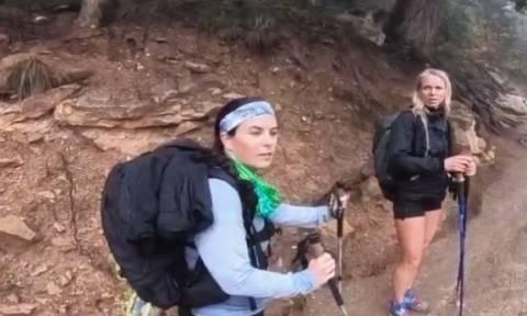 Η τυφλή παραολυμπιονίκης που έσπασε ρεκόρ και ανέβηκε το Grand Canyon (vid)
