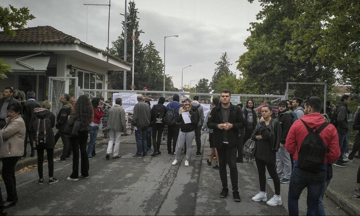 Κλειστά σχολεία στη Μεθώνη – Καταλήψεις σε τρία Λύκεια στη Λάρισα