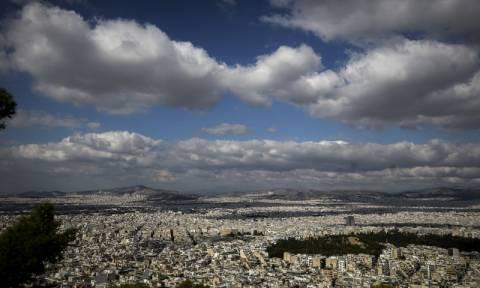 Καιρός: Υποχωρεί η συννεφιά και ανεβαίνει η θερμοκρασία την Τρίτη (pics)
