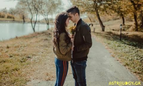 Σχέσεις από απόσταση: Αυτό είναι το μυστικό για να κρατήσεις τη φλόγα του έρωτα αναμμένη