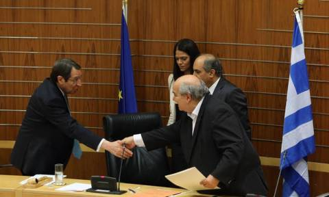 Ο Ανασταστιάδης συναντήθηκε στο προεδρικό μέγαρο με τον πρόεδρο της Βουλής Ν. Βούτση