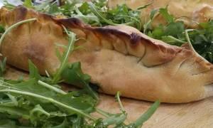 Η συνταγή της ημέρας: Pizza Καλτσόνε