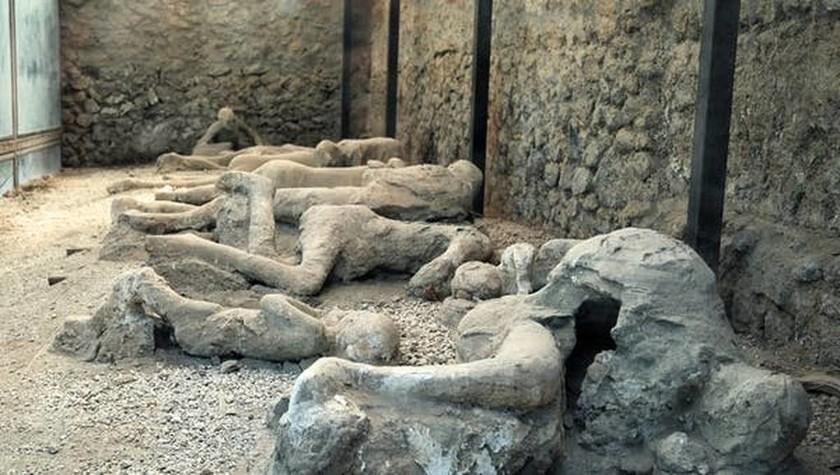 Εντυπωσιακή ανακάλυψη στην Πομπηία ανατρέπει όσα γνωρίζαμε για την έκρηξη του Βεζούβιου (Vids)