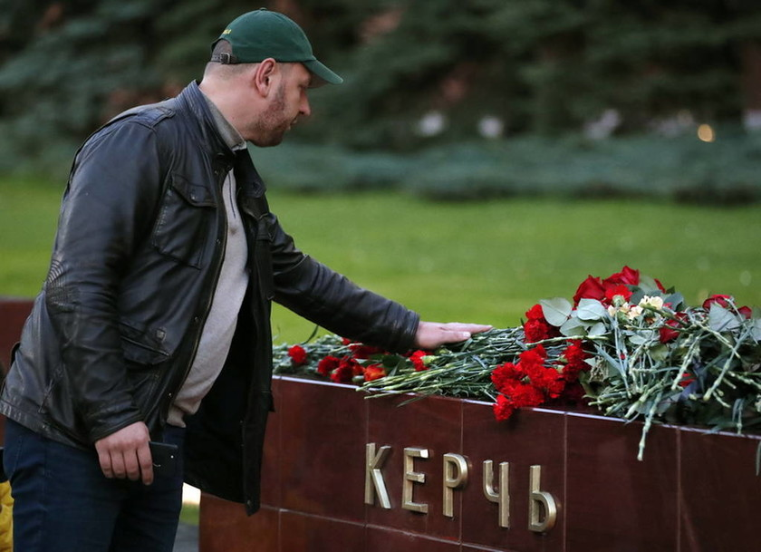 Κριμαία: Συγκλονιστικά βίντεο από το μακελειό στο κολλέγιο τη στιγμή της επίθεσης