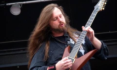 Θρήνος στη μουσική βιομηχανία: Πέθανε γνωστός κιθαρίστας σε ηλικία 44 ετών