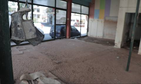 Οδοιπορικό του Newsbomb.gr στη Μάνδρα Αττικής: Οι κάτοικοι τρέμουν μια νέα πλημμύρα (pics+vids)