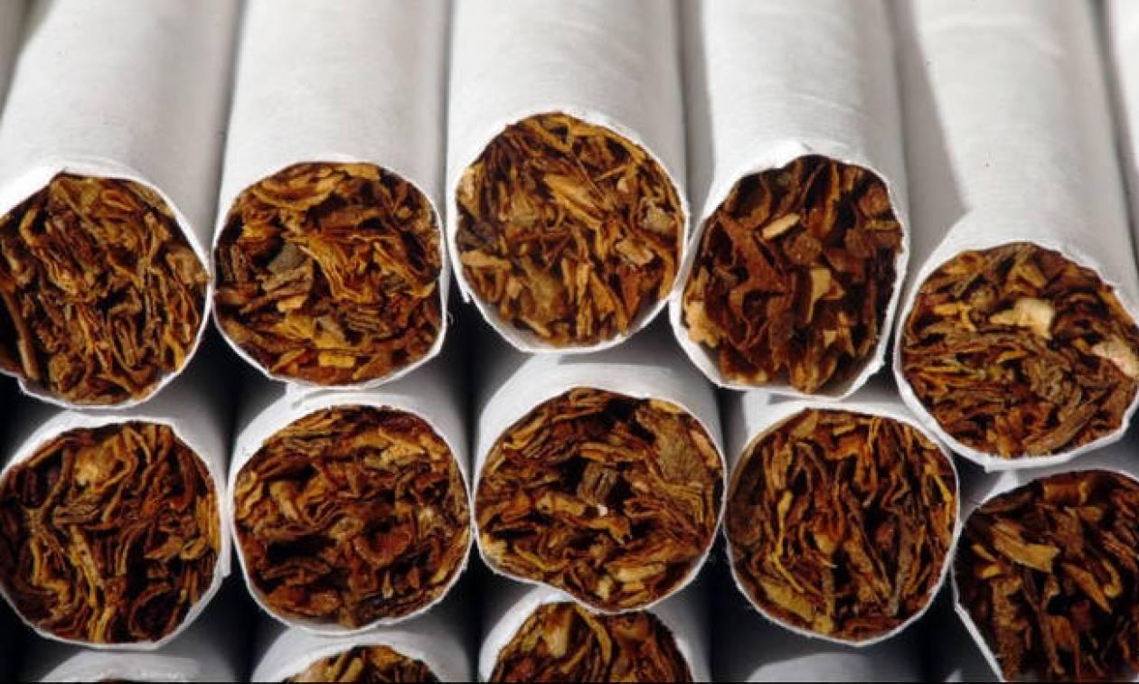 Ηράκλειο Κρήτης: Στα χέρια των λιμενικών 46χρονος με 2.200 λαθραία πακέτα τσιγάρα (pic)
