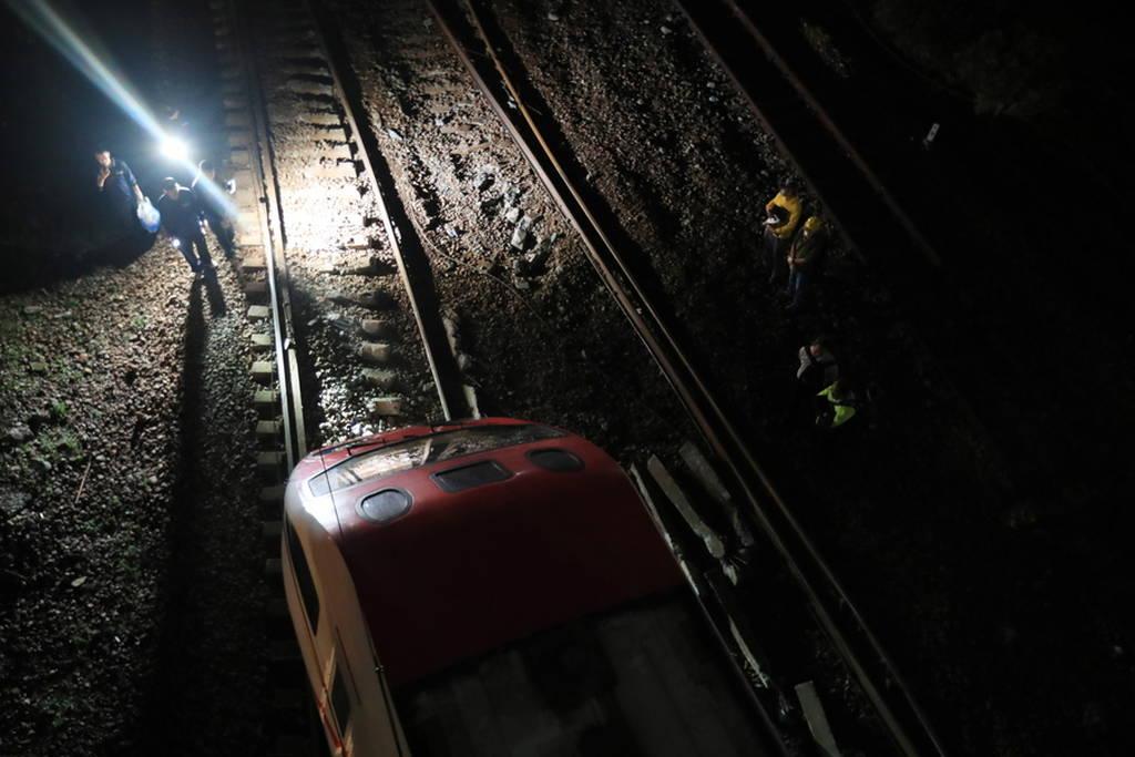 Εκτροχιασμός τρένου στην Ταϊβάν: Αυξάνεται ο αριθμός των νεκρών (pics)