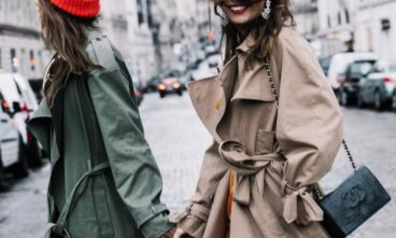 Trench coat: Η κλασσική καμπαρντίνα επιστρέφει και μάλιστα σε πολλές παραλλαγές