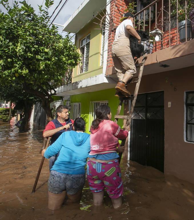 Έρχεται «βιβλική» καταστροφή: Κώδωνας κινδύνου για τον καταστροφικό τυφώνα Ουίλα - Δείτε LIVE εικόνα