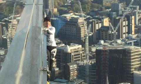 Κόβει ξανά την ανάσα ο Γάλλος «Spiderman»: Σκαρφάλωσε 230 μέτρα χωρίς εξοπλισμό και… συνελήφθη (vid)